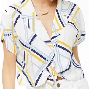 Forever 21 cropped blouse with tie front